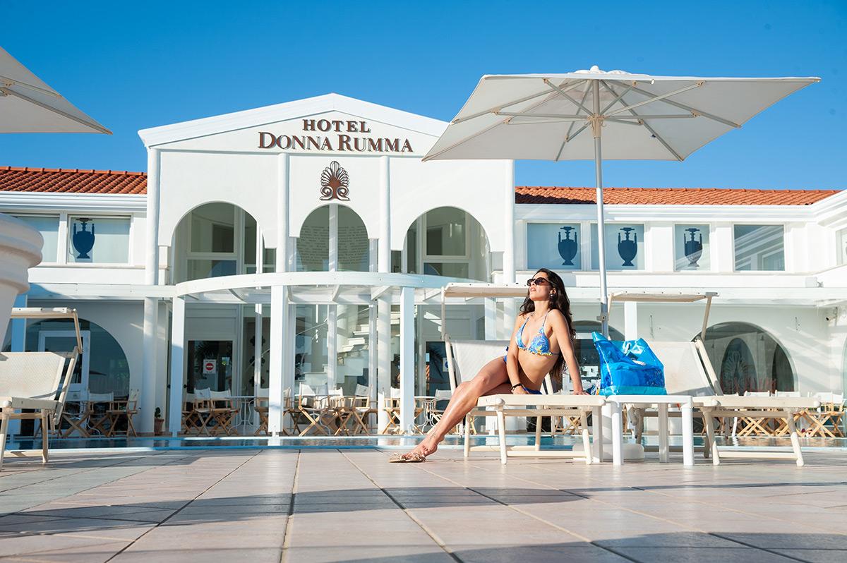 Piscina Hotel DonnaRumma